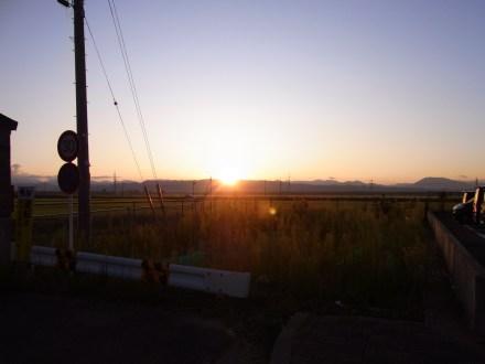 自宅前から日の出の写真