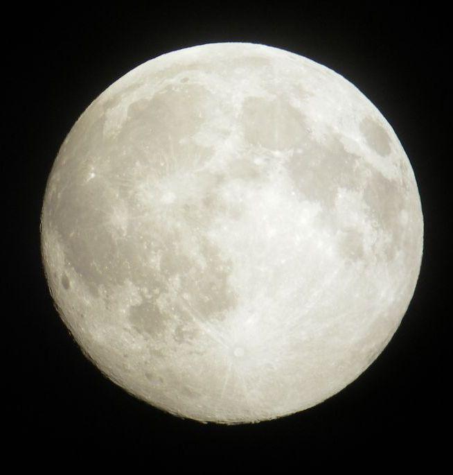 満月が撮れました